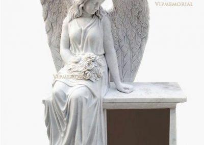 Мемориальная скульптура, бюсты и статуи